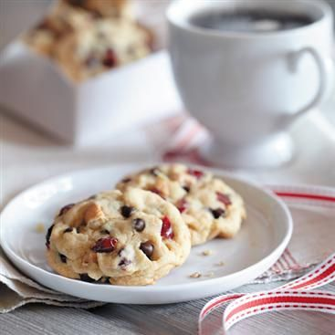 Cranberry Cashew Chocolate Chip Cookies