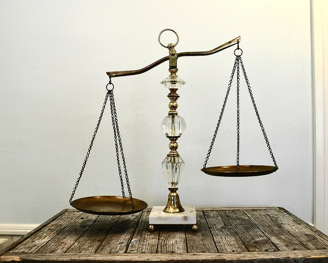 Vintage Scales of Justice. Must have for my law school graduation party...but where do I get them?