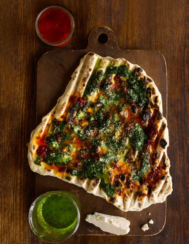 Get ready for some real talk: From one veg head to another, sometimes meat dishes just look so darn delicious. Whether you're an herbivore-4-life or you're just taking a brief relief from beef, here are 15 mouthwatering vegetarian versions of common meat dishes that'll even make your steak-lovin' friend green with envy.