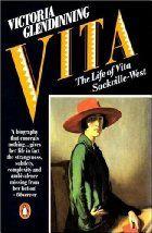 In opdracht van Vita's zoon Nigel Nicolson schreef Victoria Glendinning een bruisende biografie over Vita Sackville-West (1892-1962). Deze Britse schrijfster staat ook nu nog in de belangstelling vanwege haar non-conformistische levenshouding, haar betrokkenheid bij de spraakmakende Bloomsbury Group en haar relaties met vrouwen als Virginia Woolf.