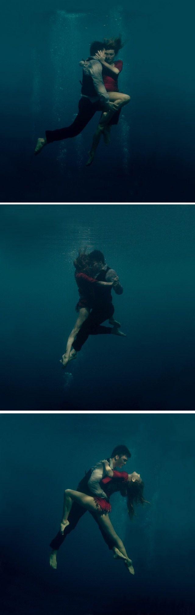 Na série Underwater Tango, a fotógrafa russaKaterina Bodrunovaretrata um casal apaixonado dançando Tango debaixo d'água.
