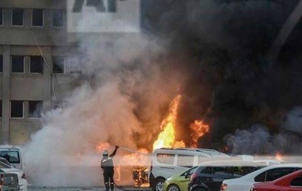 سيارة إطفاء للسيطرة على حريق هائل بمصنعين للبويات والأخشاب بالبساتين سيطرت Car Bomb Southern Cities Southern Turkey