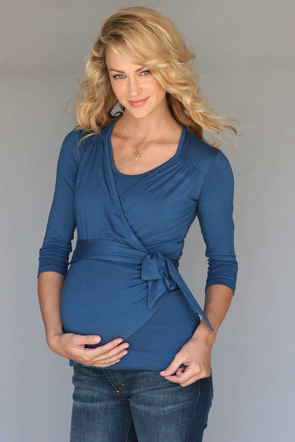 <p>Las embarazadas muy bien saben que la prioridad ante todo está la comodidad, y justamente es eso lo que queremos transmitirte con estas preciosas blusas de maternidad, son tan suaves y delicadas que n</p>