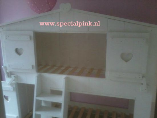 #boomhutbed Sjors #wit #hartjes #treehousebed #white #specialpink