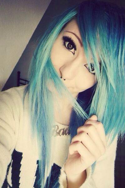 blue dyed hair rocks! #scene #alternative #pretty
