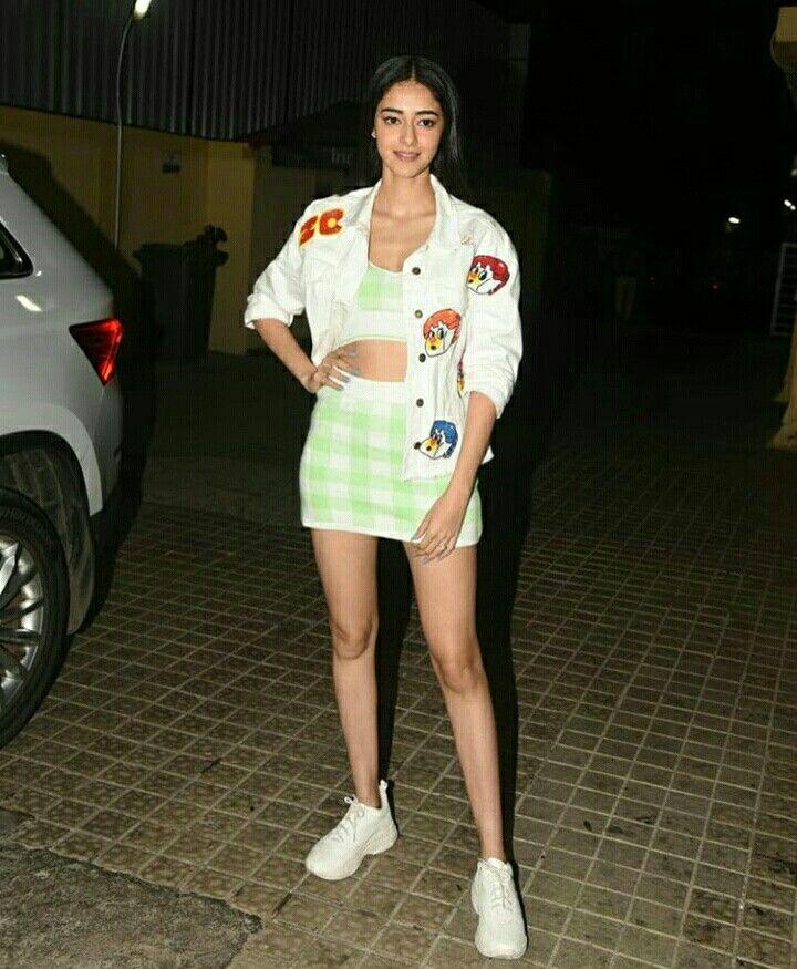 Follow Me Nimisha Neha Fashion Bollywood Actress Actresses