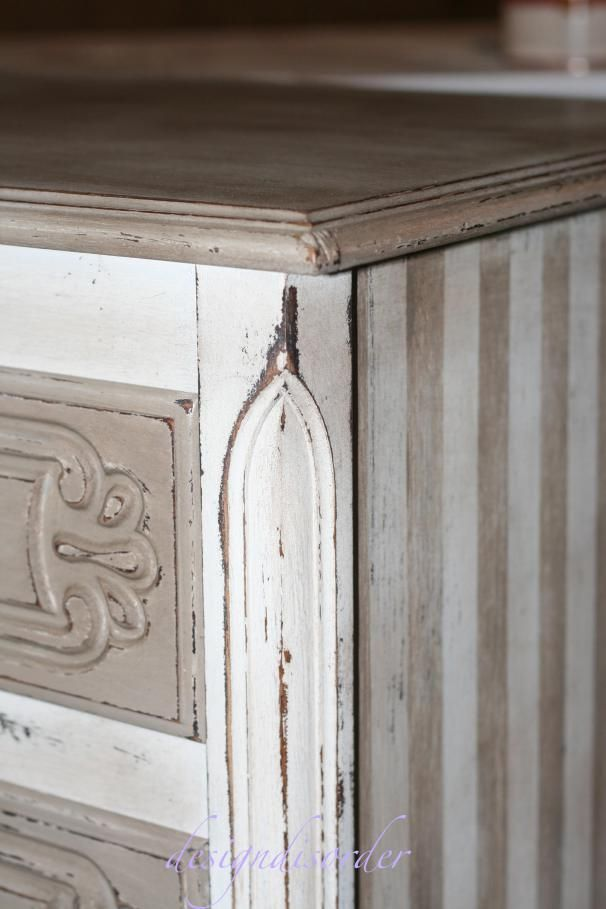 DIY:   How to Paint with Chalk Paint and Waxes - great post that shows how two different colors are layered, distressed & waxed to highlight the layers and the details - via Design Disorder