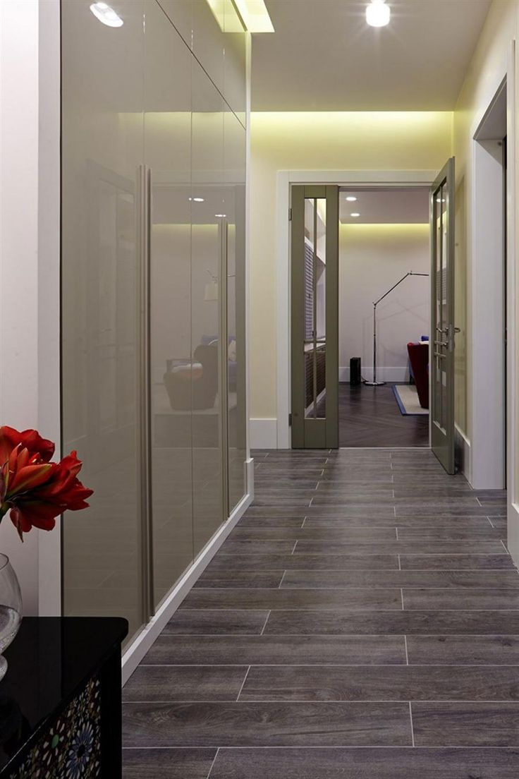 elegant hallway usher to the entrance of apartment