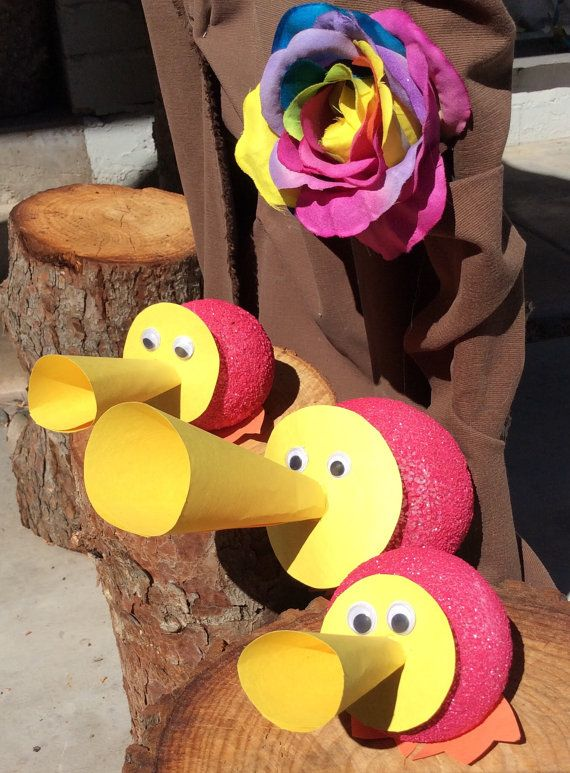 A cute little trio of horn ducks to add to your very own Tulgey Wood. Set includes one large and two small horn ducks that are made to order. I