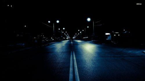 Dark-City-Street.jpg (500×281)