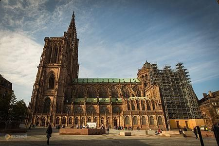 Страсбургский собор – #Франция #Эльзас #Страсбург (#FR_A) Крупнейший в мире собор, построенный из песчаника.  http://ru.esosedi.org/FR/A/1000235587/strasburgskiy_sobor/