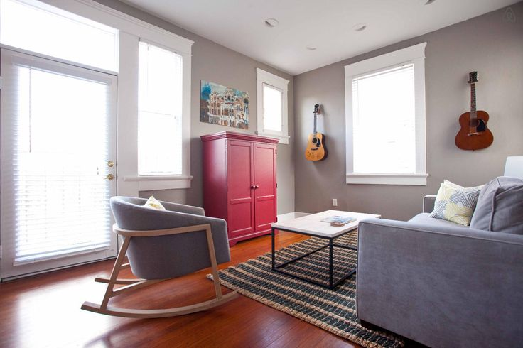 Airbnb: Historical Loft with Capitol View! in Austin Ben: The listing says it can accommodate 4 but looks best for 2.
