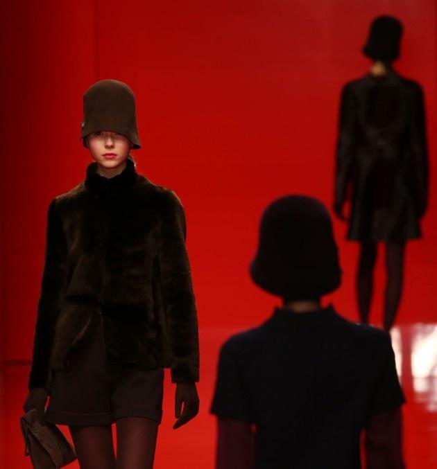 Een blik op de collectie van modeontwerper Jasper Conran. #LFW