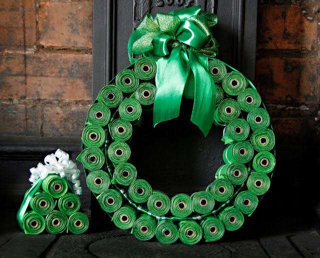 DIY Dog Poop Bag Christmas Wreath + Mini Christmas Trees  This might be the most useful Christmas wreath ever. Hehe!