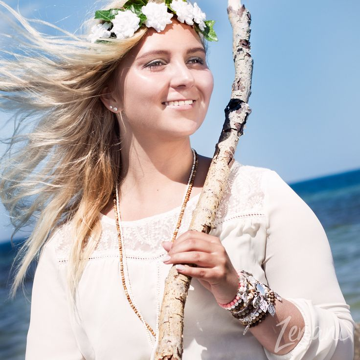 natural beauty, natural woman model photography, jewellery fashion on the beach, bohemian style jewellery brand, mai copenhagen, standing pose with branch in hand