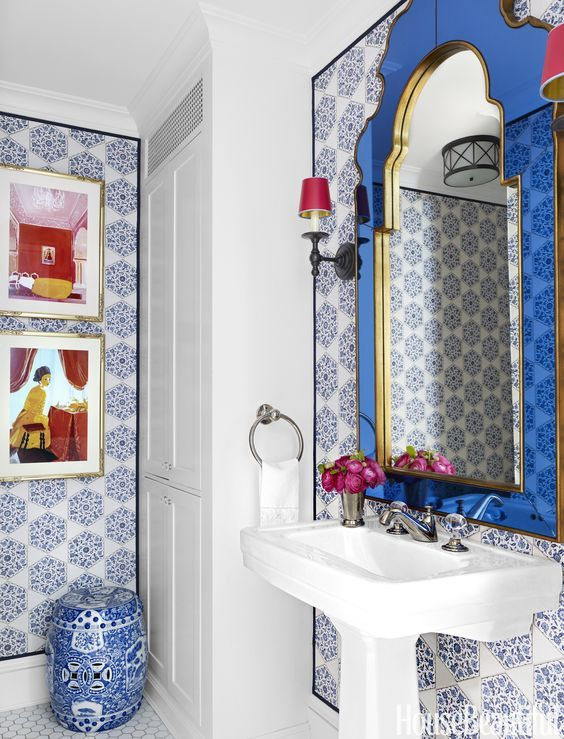 25 best ideas about blue and white wallpaper on pinterest for Cobalt blue bathroom ideas