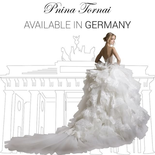 This #PninaTornai gown is available in Germany at @cecile.hochzeitszentrum in München and Köln! Tag your German friends below 🇩🇪