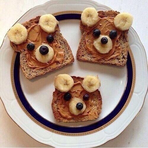 Cute Sunday-morning breakfast idea. ...healthy too!