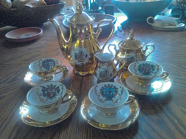 Vintage Kunst Hummendorf Kronach Crest White & Gold German Tea Coffee Set 7 Pc