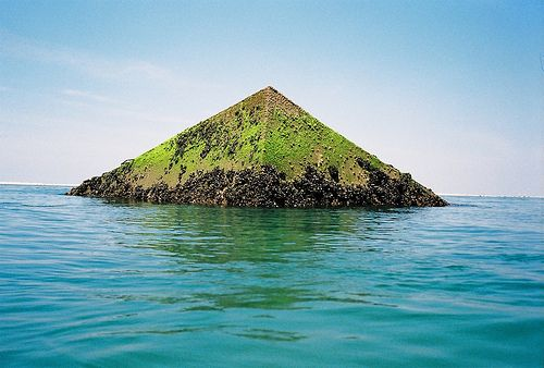 Pyramid Island...Ocean Beach Waves Surf, The Ocean, Mothers Nature, Beautiful Places, Pyramid Islands, Ocean Sandcastle Seashells, Ocean Life, Mother Nature, Places Nature