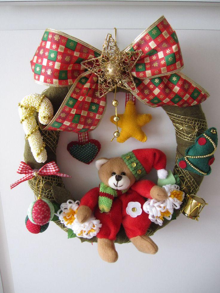 """Guirlanda de Natal de Feltro 3"" (Christmas Wreath) - by Patricia Wong"