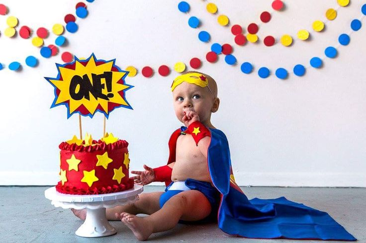#cakesmash #oneyear #superhero #babysuperhero superhero baby cake cake smash one year pictures child Photography boy comic book