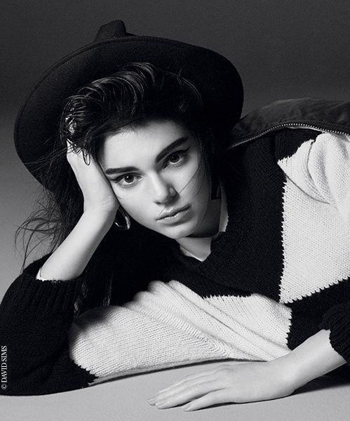 Interview Kendall Jenner cover girl 95 ans Vogue Paris   Vogue David Sims http://www.vogue.fr/mode/mannequins/diaporama/interview-kendall-jenner-cover-girl-95-ans-vogue-paris/22810