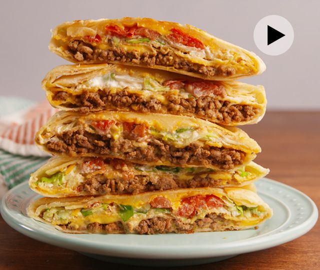 It's official: We're living in a Taco Bell-obsessed world. People are actually <I>choosing</I> to get married at the fast food chain. Our love for cheesy gordito crunch, chalupa supreme and crunchwrap supreme is strong. Most especially for the crunchwraps. For those, people go absolutely cray. The great news is that you don't need hit the drive-in to get your crunch on. You can make your own! The pleated and stuffed quesadillas look crazy hard, but they're actually crazy easy.