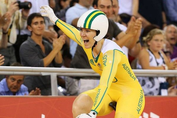 Anna Meares celebrates her win in the final. You've done yourself proud, what a brave champion! Photo by Reuters