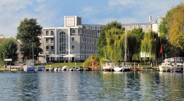 Best Western Hotel Am Schloss Köpenick - 4 Star #Hotel - $60 - #Hotels #Germany #Berlin #Treptow-Köpenick http://www.justigo.co.za/hotels/germany/berlin/treptow-kopenick/bestwesternmichelshotelamschlosskopenick_205906.html
