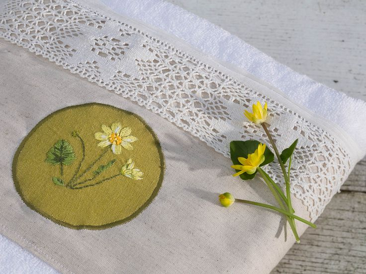 Ranunculus ficaria embroidery on towels