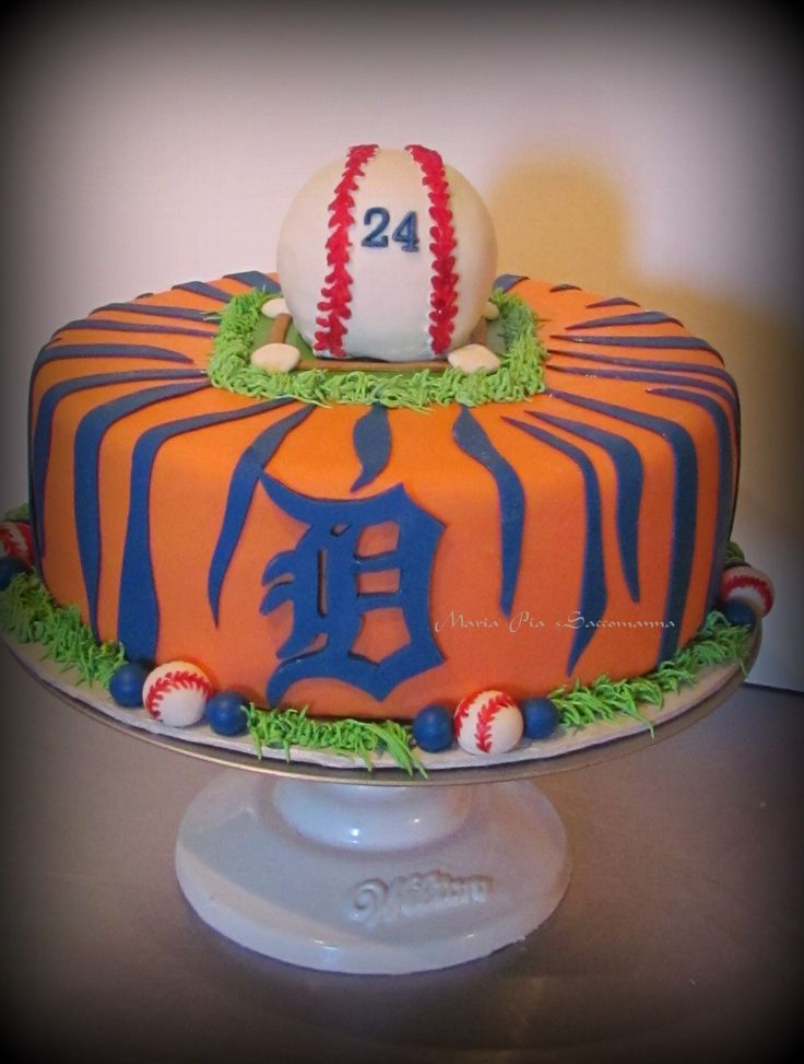 Detroit Tigers cake