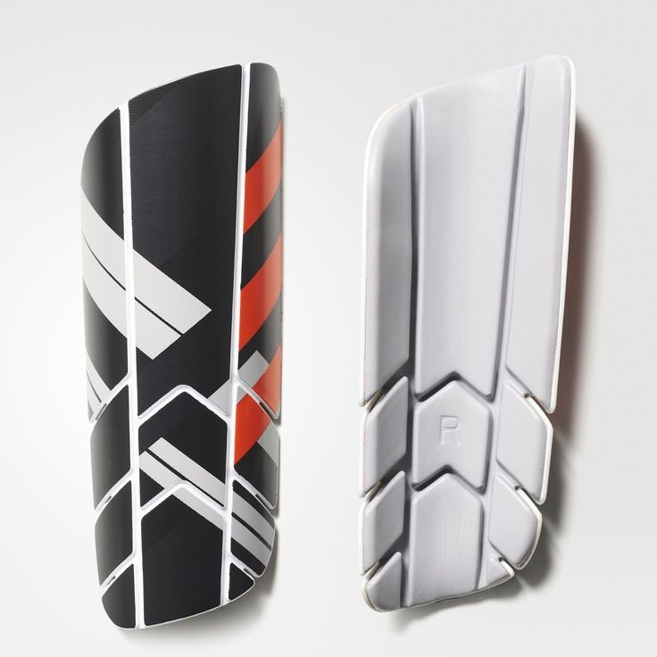 Take defenders on one versus one to win games and headlines. These soccer shin guards are designed to protect you from 50-50 challenges and tackles as you dribble around defenders. The compression sleeve provides comfort while you pass and move.