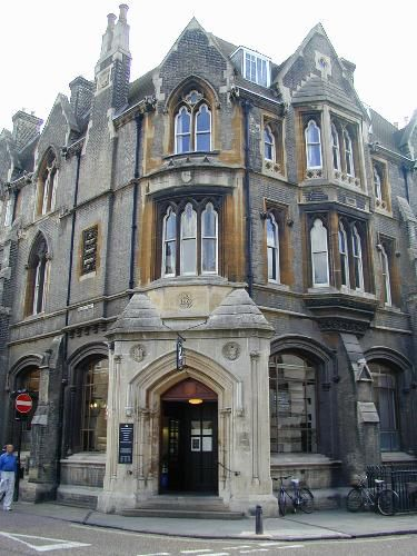 Bene't Street: NatWest Bank, 10  Date built: 1867