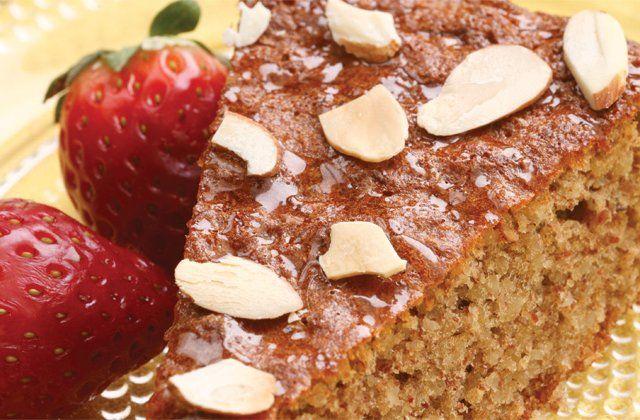 Flourless honey-almond cake recipe. Gluten free!
