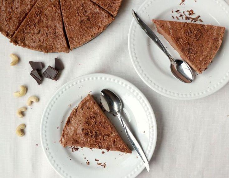 No-Bake Paleo Peppermint Chocolate Cheesecake