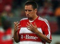 Franck Ribéry Franck Ribéry (1983) is een Franse profvoetballer. Sinds 2007 speelt hij voor het Duitse Bayern München. Ribéry is sinds 2002 moslim.