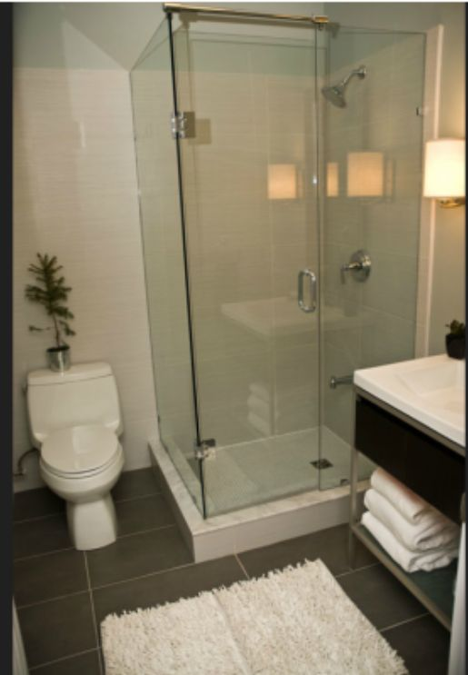 HGTV Income Property S4, Ep 11: Glass Shower Surround for a Small Bath