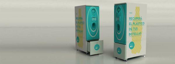 Un grupo de estudiantes de la Universidad de Buenos Aires (UBA) creó PETIT, una máquina recuperadora de botellas PET que las tritura para reducir el volumen en los puntos de acopio. Tiene la capacidad de almacenar hasta 40 kg de material, lo cual equivale a 2000 envases grandes.  El funcionamiento de PETIT es muy simple. Se vacía el líquido en una rejilla y se introduce la botella en la abertura de entrada. La misma es triturada y las escamas de PET son arrojadas en una bolsa de residuos que…