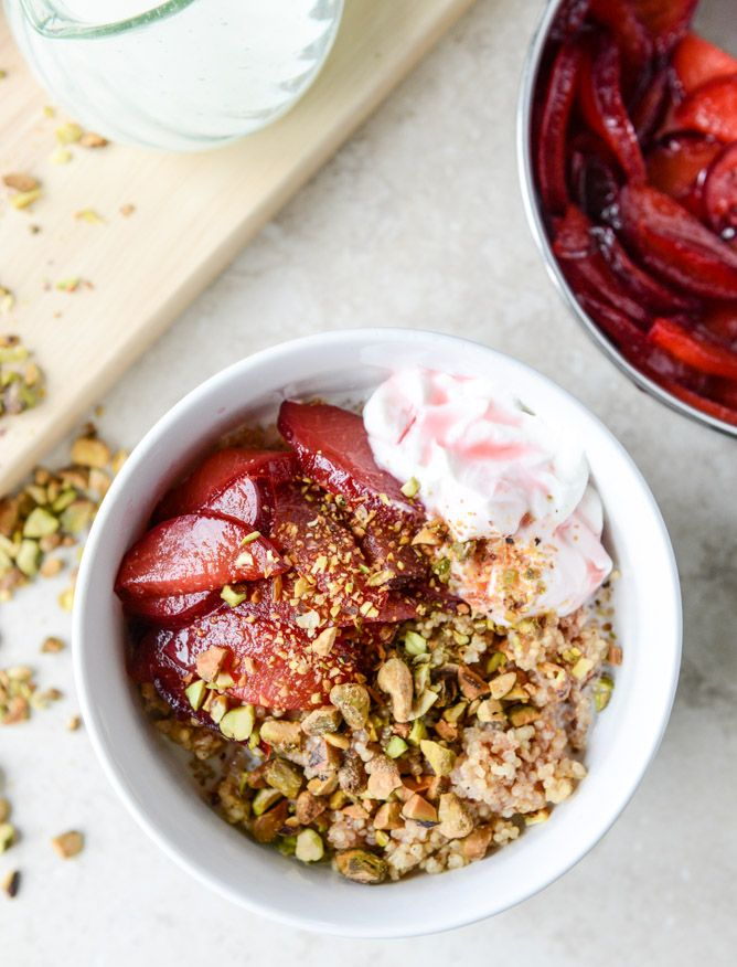 baked breakfast quinoa with plums and pistachios I howsweeteats.com