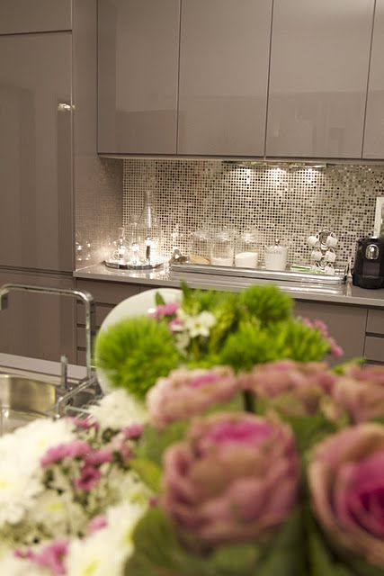 sparkly kitchen backsplash