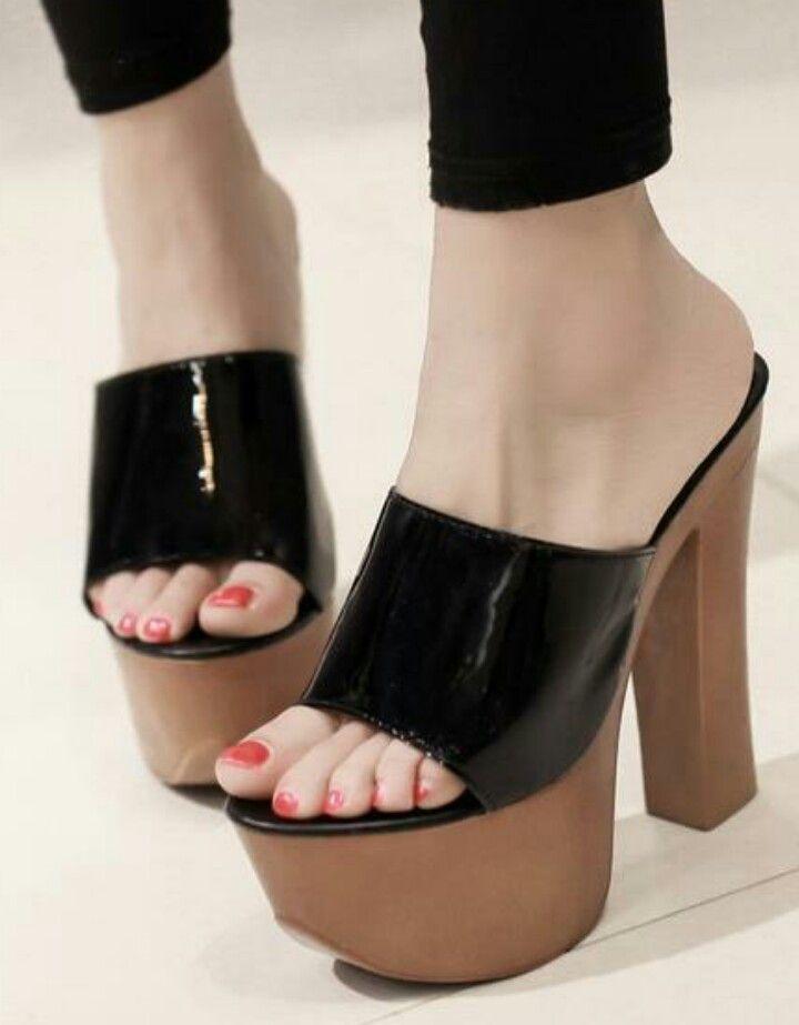 Zanpa Ladies Criss Cross Sandals Flat Summer Shoes Closed Toe  YK5859L2W