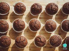 Receta de Magdalenas de chocolate sin huevo #RecetasGratis #ResposteríaFácil #RecetasdeCocina #RecetasFáciles #Postres #Repostería #SinHuevo #Magdalenas
