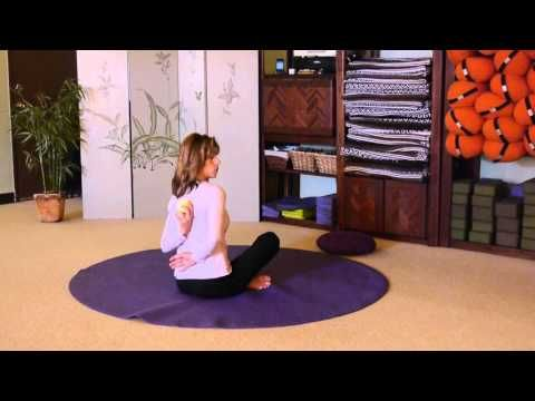 Movements to Encourage Shoulder Protraction and Retraction with Sherry Zak Morris, E-RYT - YouTube
