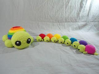 Rainbow Mama Turtle and Babies ~ Free Amigurumi Patterns