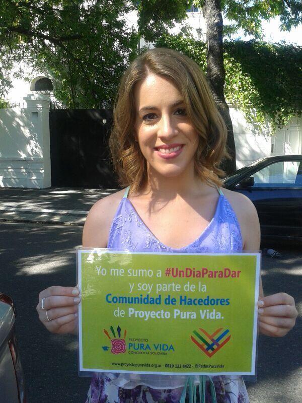 ¡Muchas gracias Laura Esquivel por sumarte a #UnDiaParaDar! #Laura #Esquivel #GivingTuesday #Selfie #UnSelfie