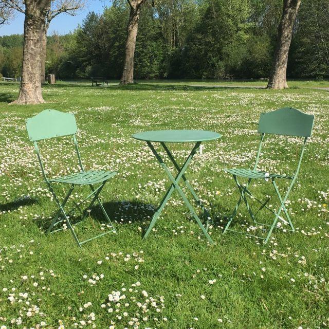 Chemin De Campagne Table 2 Chaises de Jardin en Fer Pliable Salon de ...