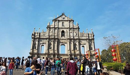 How to Take a 3-Day Trip in Hong Kong & Macau On A Budget https://link.crwd.fr/3YnT