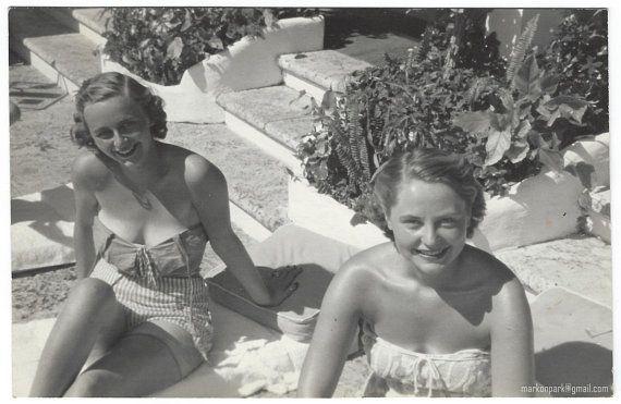 Vintage Photo of Bathing Beauties, 1950s Original Found