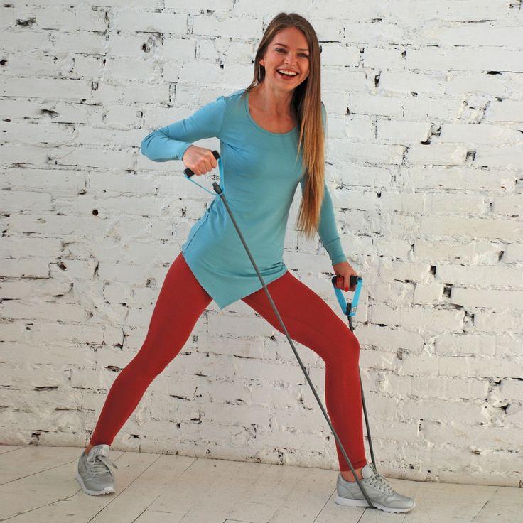 ОДЕЖДА ДЛЯ ЙОГИ НЕ ТОЛЬКО ДЛЯ ЙОГИ :)  Как быть, если вы чувствуете, что йога пока не для вас? Вы предпочитаете фитнес, и при этом хотите одеться красиво, удобно и натурально?  Нет никаких проблем - одежда #YogaDress прекрасно подходит для любого типа физической активности, будь то кардио или силовая тренировка, степ-аэробика или кроссфит, танцы или бег.  Все наши модели выполнены на основе натурального плотного хлопка или вискозы (а настоящая вискоза - натуральная ткань) с добавлением…